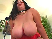 Milf wih huge boobs fucks