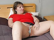 Fatty sees a shrink and he ends up boning her right there in bed with long thrusts