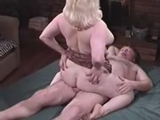 Hot chubby chick fucking with dude