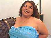 Chubby pretty woman tempting dudes