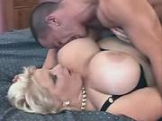 Breasty fat girl gets oral pleasure